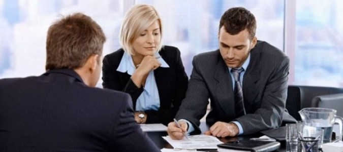 В чем заключаются адвокатские услуги